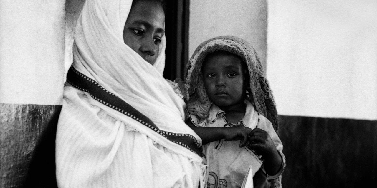 نضال الأمهات العازبات في السودان